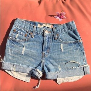 2 for 35 ❗️Levi's vintage high rise shorts